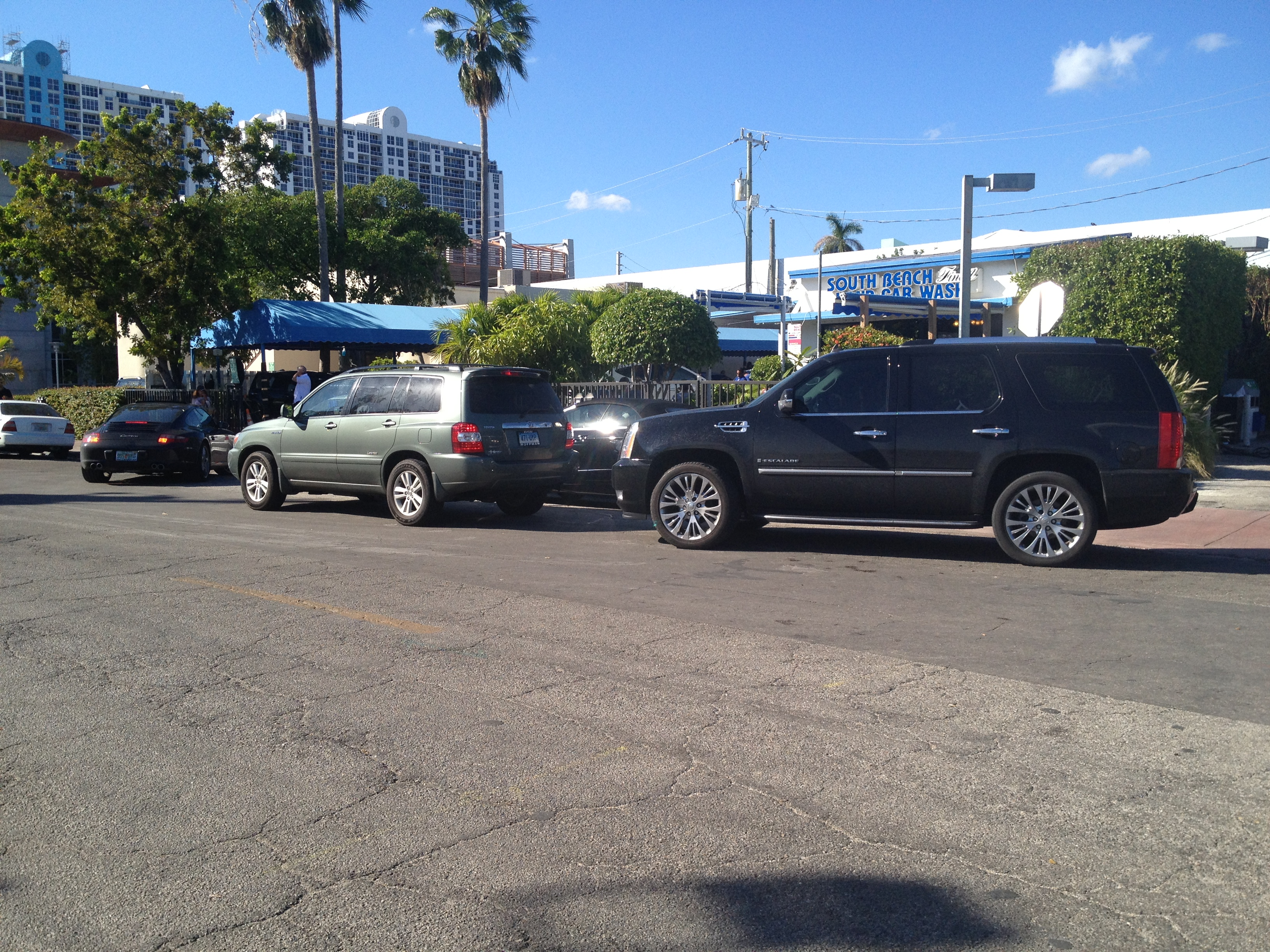 SOUTH BEACH FINEST HAND CAR WASH AND WIDOW TINTING Photo