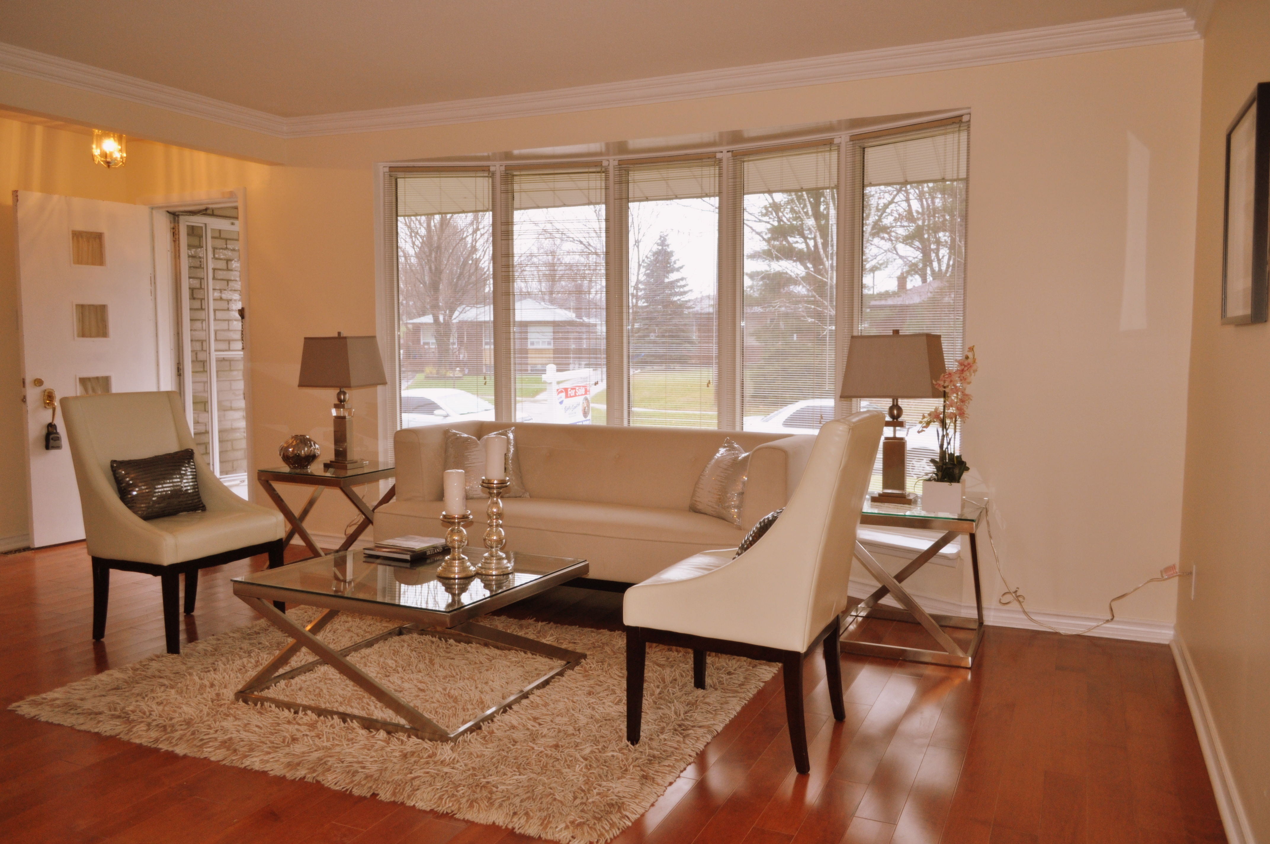 Aura Home Staging Photo